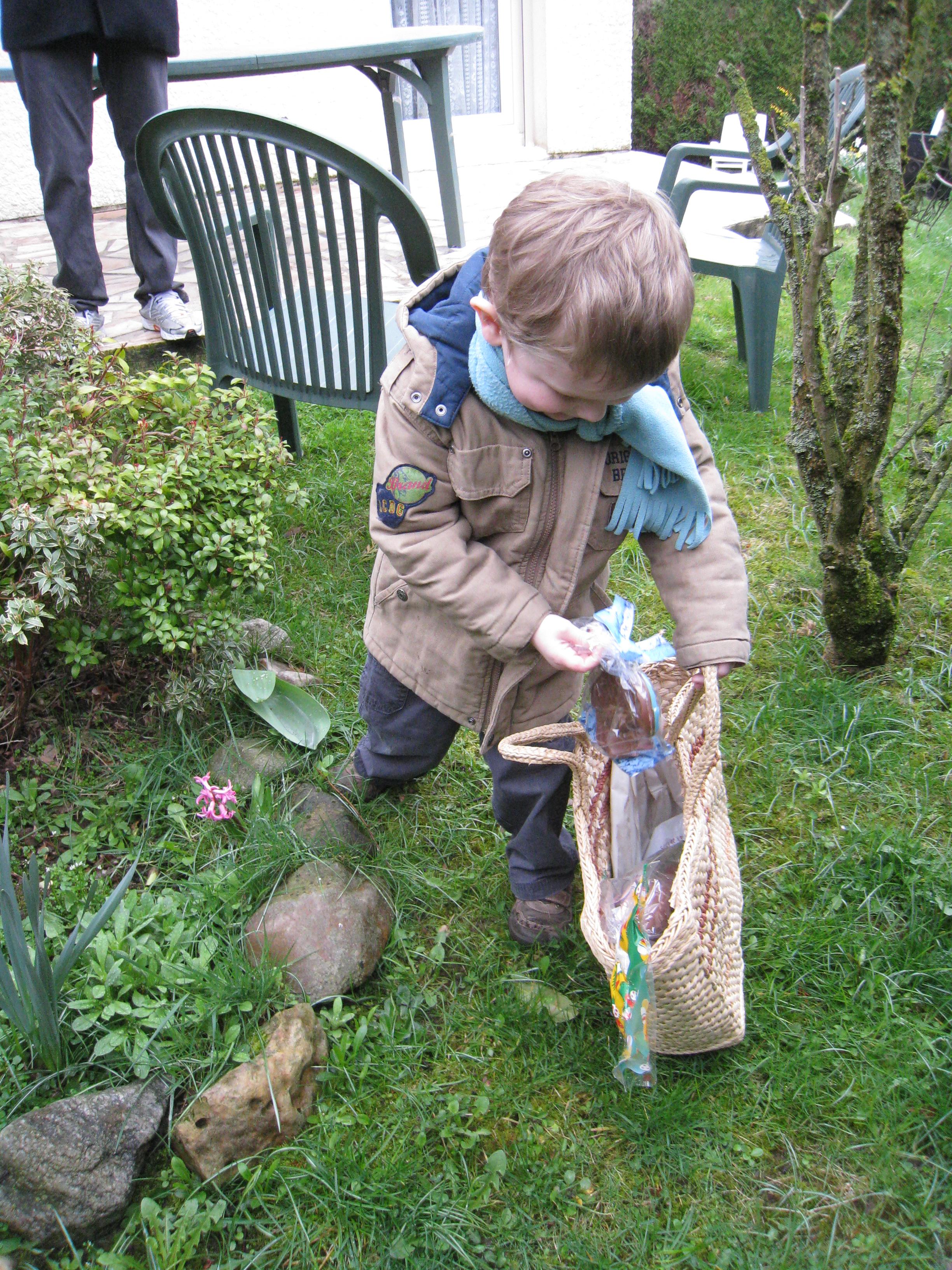 Un poisson dans le jardin de mamie chroniques d 39 une chocoladdict - Mamie baise dans le jardin ...