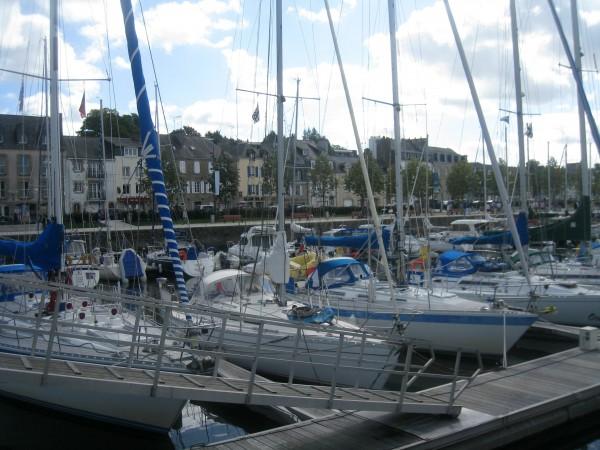 Vannes   Des Remparts Au Port