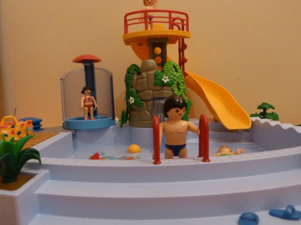 Si je gagnais au loto saga playmobil inside for Piscine playmobil