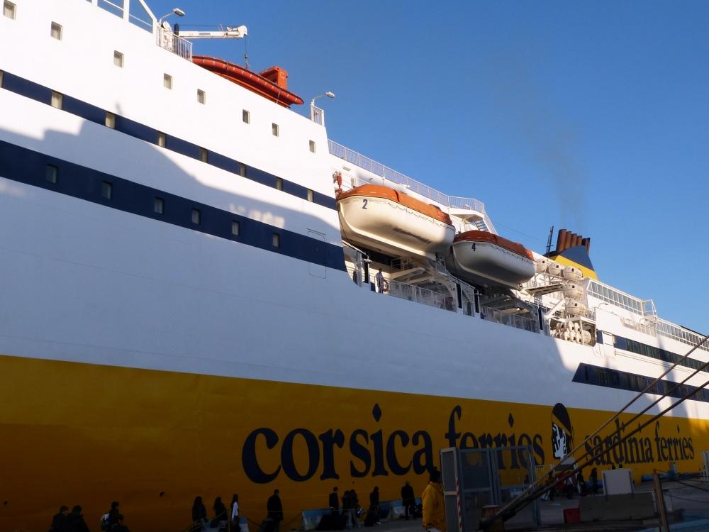 Une nuit sur un ferry direction Bastia