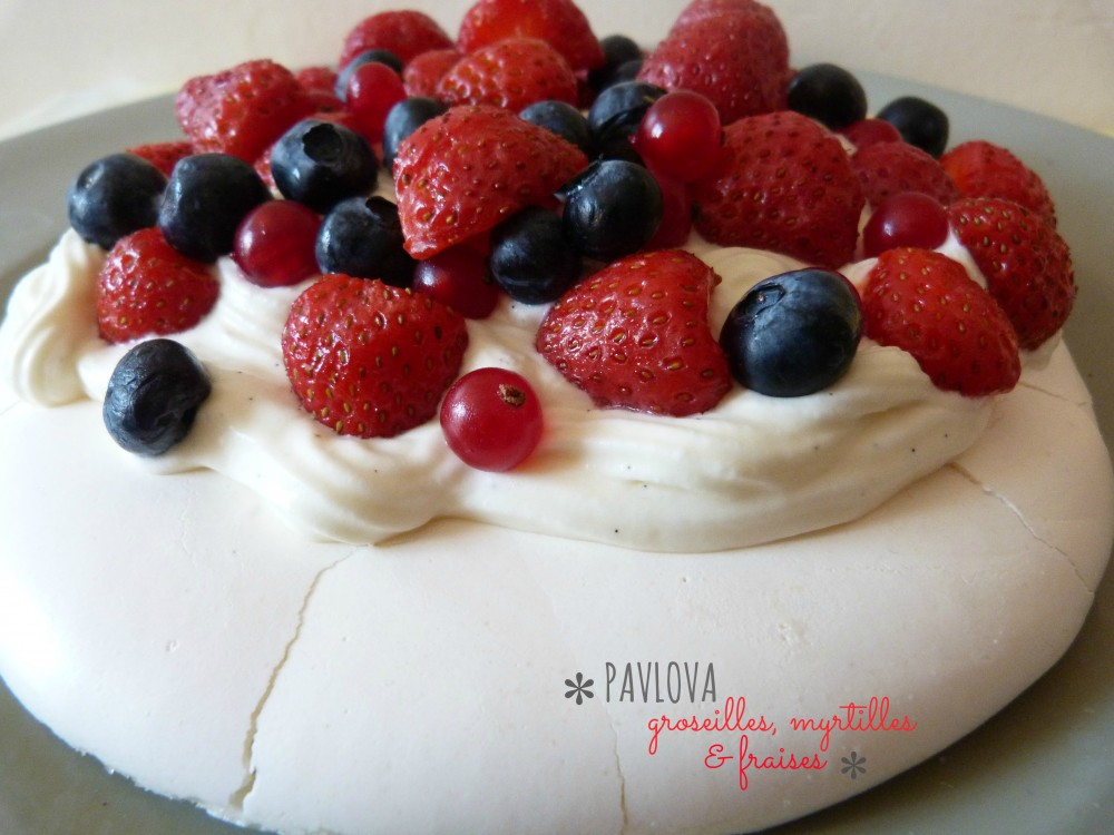 pavlova fruitss rouges