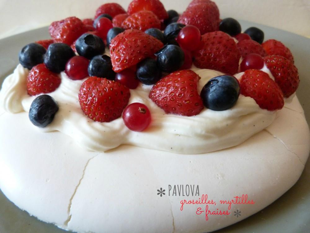 pavlova fruitss rouges