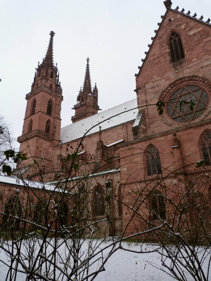 cathédrale notre dame à Bâle en Suisse