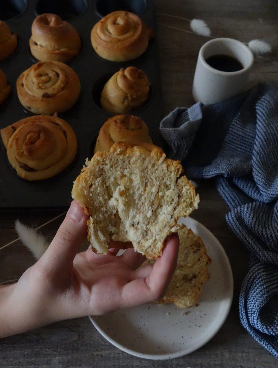 brioches roulées aux noix et à la cannelle